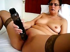 Mature girl and her massive toy Tess from 1fuckdatecom