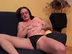 German naughty housewife playing with herself