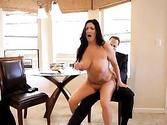 Sexy curvy mama gets her pussy pleasured in all positions