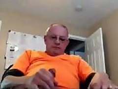 Ugly old dude wanks his boner on webcam