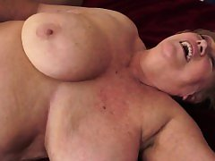 Chubby mature fucked on the bed